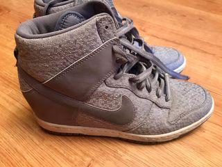 Zapatilla bota Nike talla 40