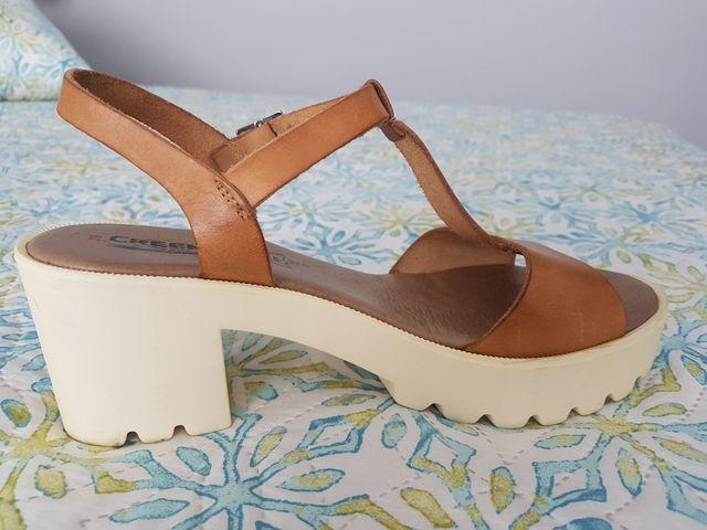 Sandalias de tacón talla 39