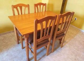 Mesa y sillas PINO!