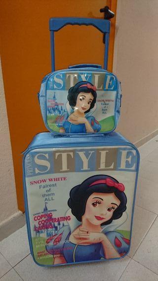 Maleta y bolso de viaje