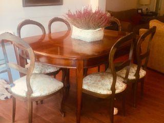 6 sillas clásicas de madera maciza y 2 sillones