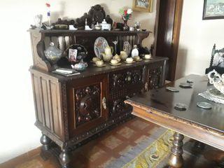 Bonitos muebles de salón antiguos