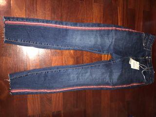 Pantalón vaquero Zara