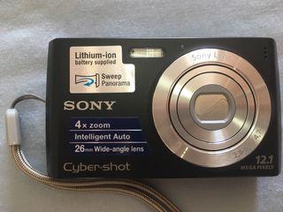 Cámara de fotos Sony + accesorio