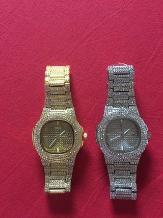 """2 Relojes estilo """"PATEK"""" oro y plata con brillante"""