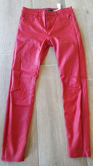 pantalon tipo cuero stradivarius