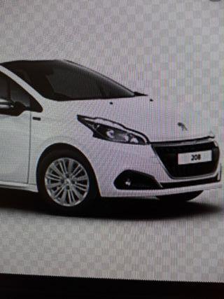 Peugeot 208 Signature 82cv