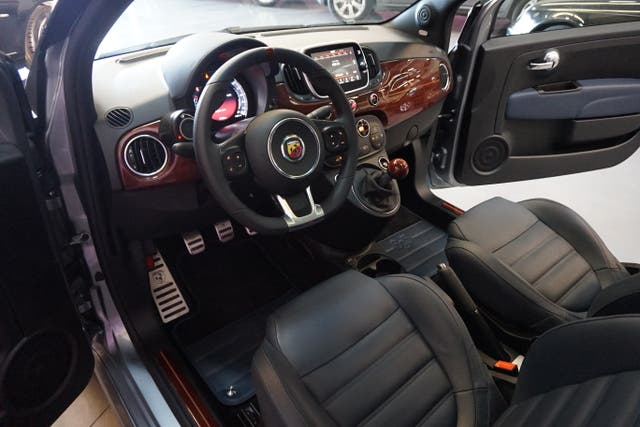 Abarth 695 Rivale 1.4 T-Jet 180cv SPECIAL EDITION