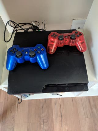 PS3 y 2 mandos