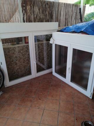 ventanas de pvc 50 las dos,de cálida con persiana