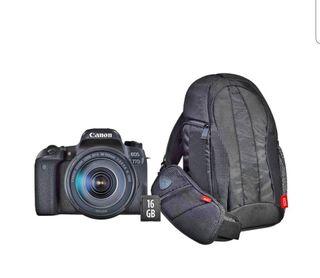 Cámara réflex Canon EOS 77D con Objetivo 18-135 mm