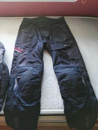pantalón de moto de verano