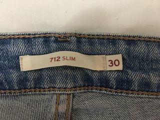 Levis 712 Slim talla 30