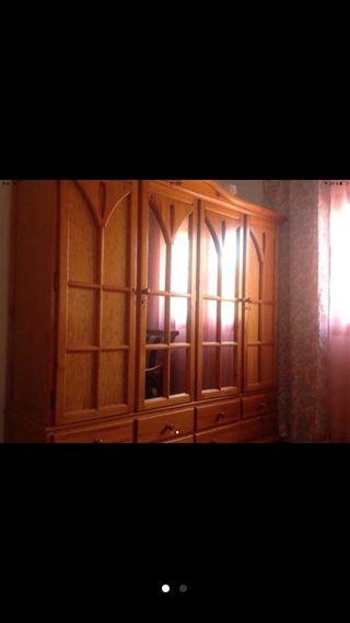 Armario madera provenzal
