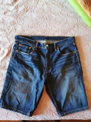 Pantalones cortos Levi's chico. Talla 33