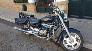 hyosung aquila GV 125cc del 2010 con 19.000 klm