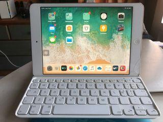 iPad mini 2 con teclado