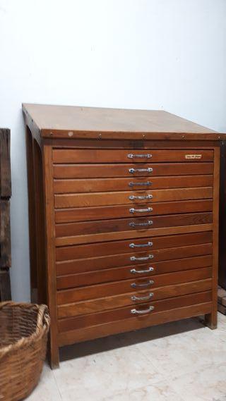 Vendo antiguo mueble de imprenta