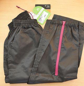 Pantalón impermeable nuevo