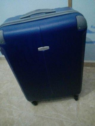 Maleta de viaje color azul .