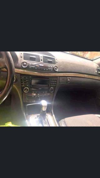 Mercedes-Benz Classe E (211) 2002
