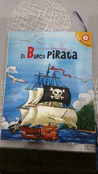 Cuento en relieve El barco pirata.