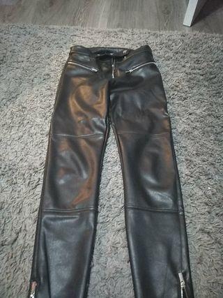 Pantalones de Berhska