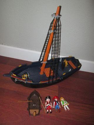 Playmobil. Lote Pirata. Barco, Figuras y Barca.