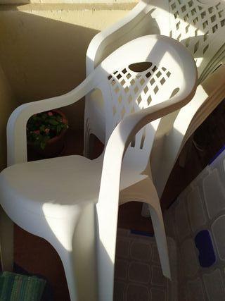 sillas de jardin nuevas