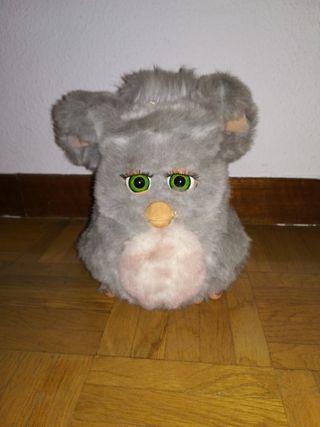 Furby gris antiguo