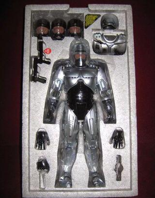 robocop hot toys D04