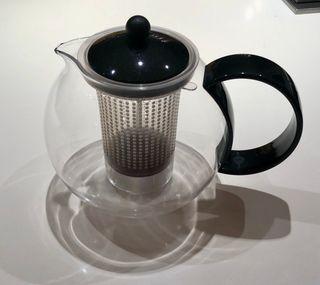 Théière à piston Noire BODUM 1,7 litre