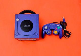 Gamecube + Mando
