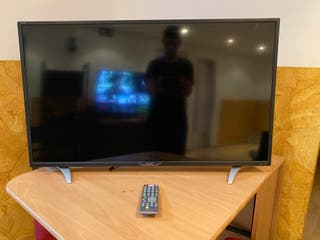 "SMART TV SHARP 40"" ,NETFLIX YOUTUBE"