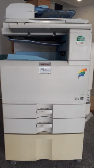 Fotocopiadora impresora Ricoh Aficio Mp c 2051