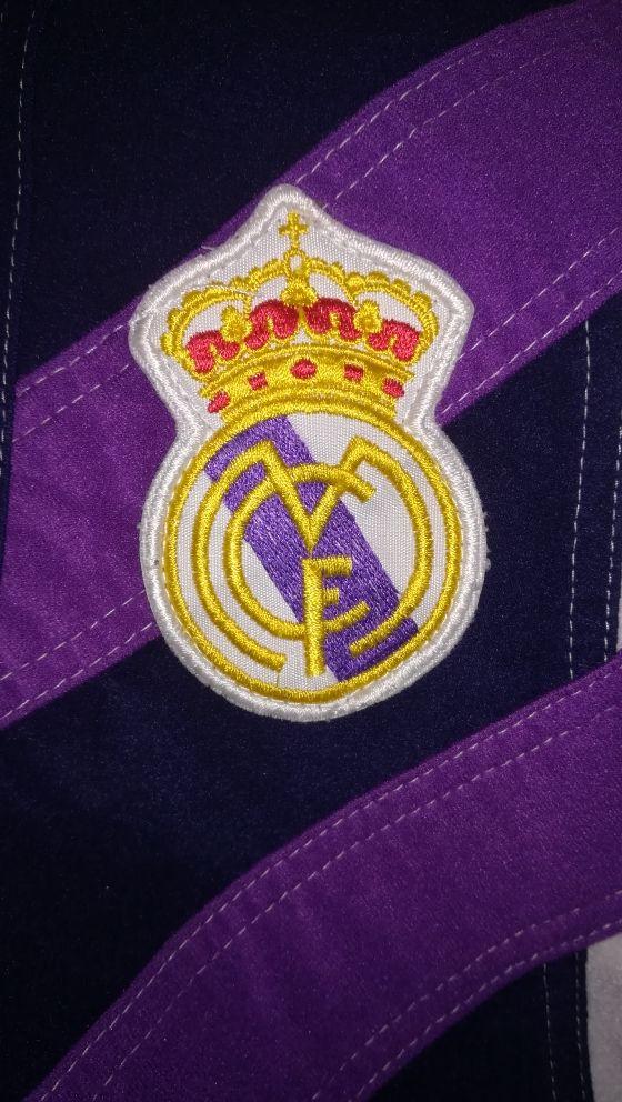 Sudadera oficial del Real Madrid Kelme retro