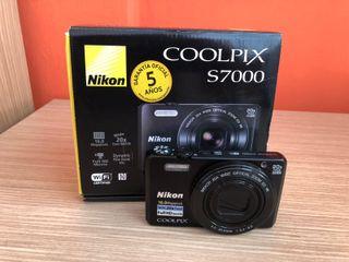 Camara Nikon Coolpix S7000 16 MP Zoom óptico 20x