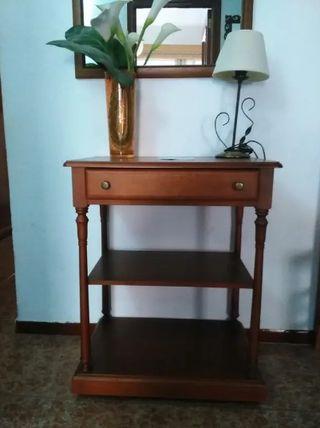 Mueble de televisor clásico