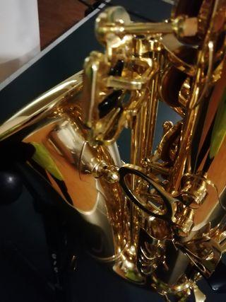 saxofon alto jupiter 769