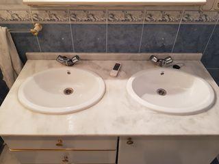 se vende lavabo doble roca con mueble y espejo
