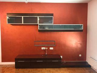 Muebles de salón con aparador y mesa