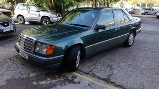 Mercedes-Benz E220 1992