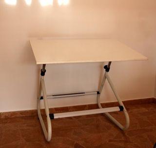 Mesa de dibujo técnico / caballete