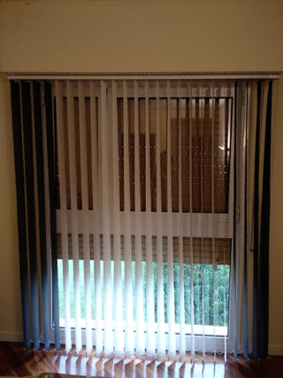 cortina lamas verticales screen