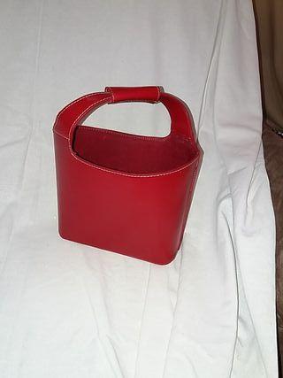 Portamandos de piel roja