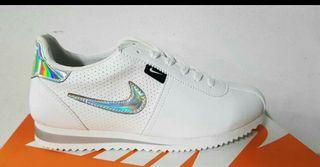oferta de zapatillas Nike cortez