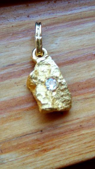 Colgante oro diamante