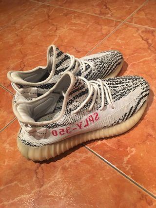 Yeezy zebra 350