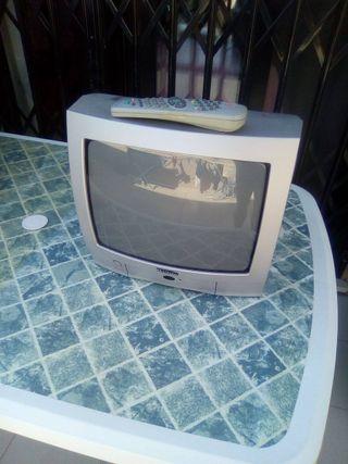 tv pequeña