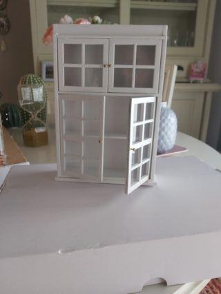 vitrina casa muñecas